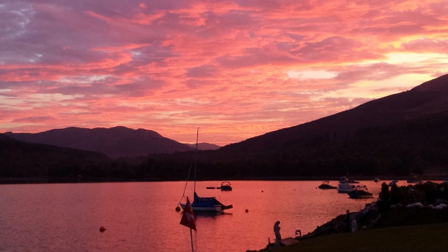 Red sunset on Loch Earn- Briar Cottages