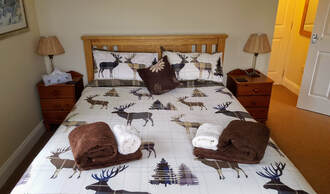 Rutting Season -Briar Steading King size bed